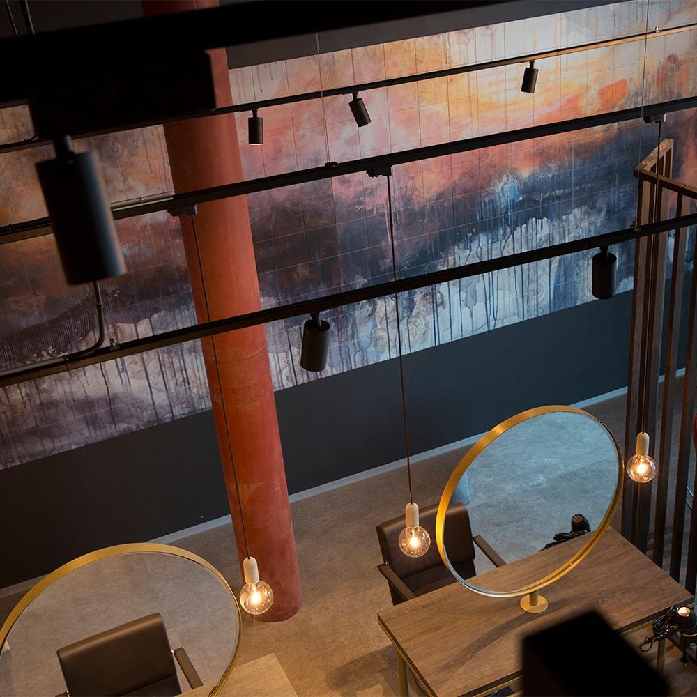 Kunstinstallasjon på Olimb Frisør Munchs Brygge.